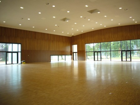 Grande salle Long�re